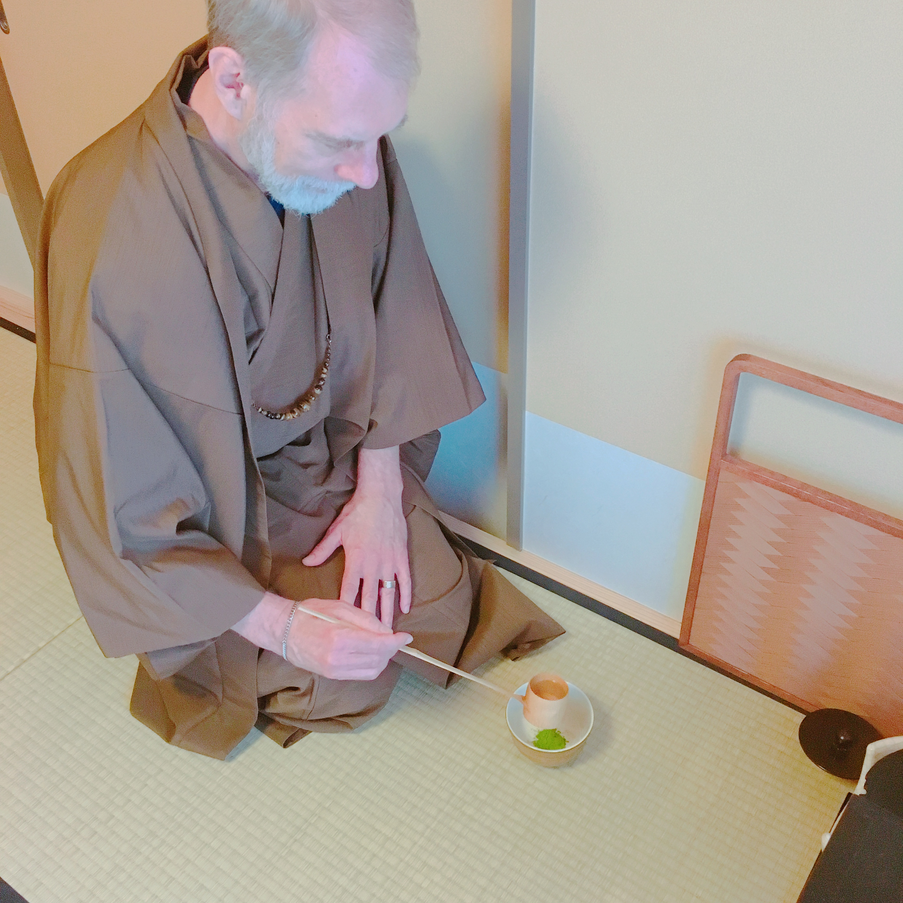 Chado(Tea Ceremony) as a Insights into History and Philosophy